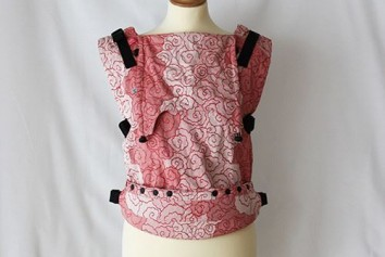 0003327_neko-switch-toddler-size-carrier-lokum-blush