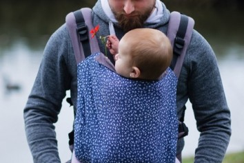 adjustable-baby-carrier-grow-up-meadow-proyectokoalo